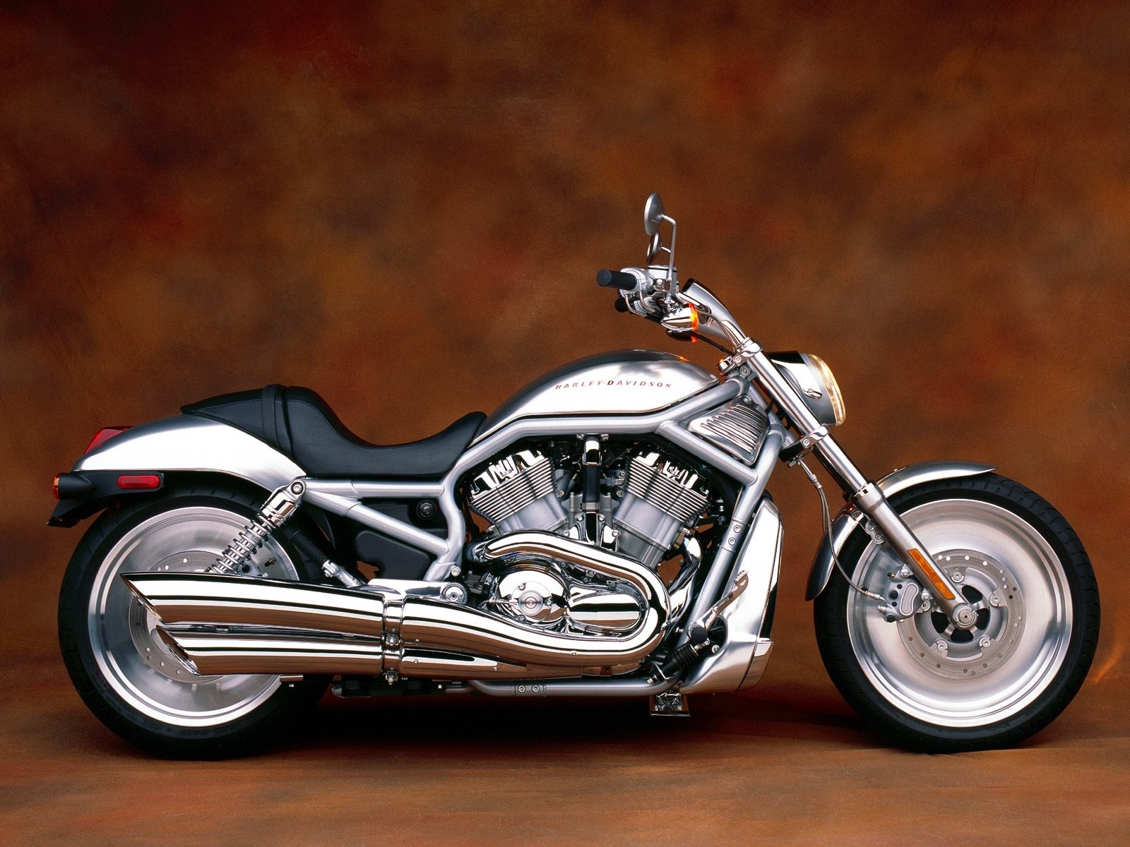 harley davidson v rod high quality wallpapers. Black Bedroom Furniture Sets. Home Design Ideas