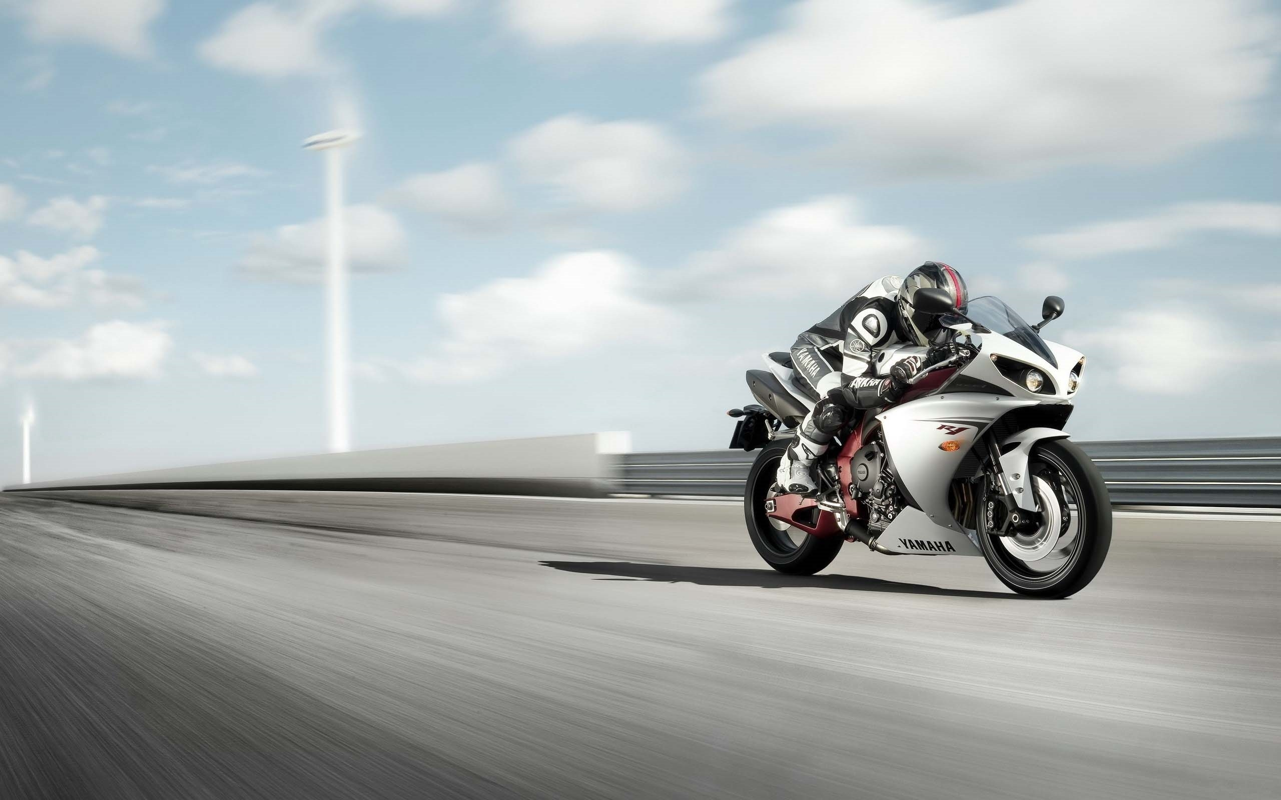 yamaha r pictures