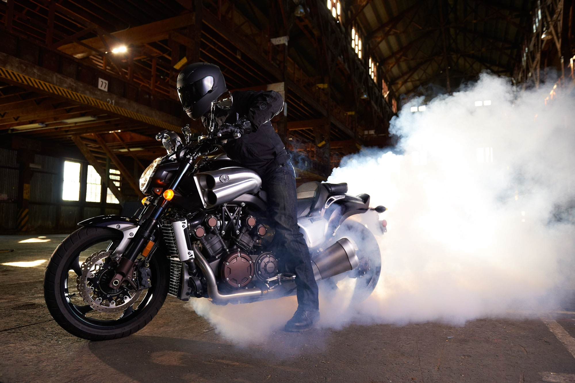 yamaha v max photo