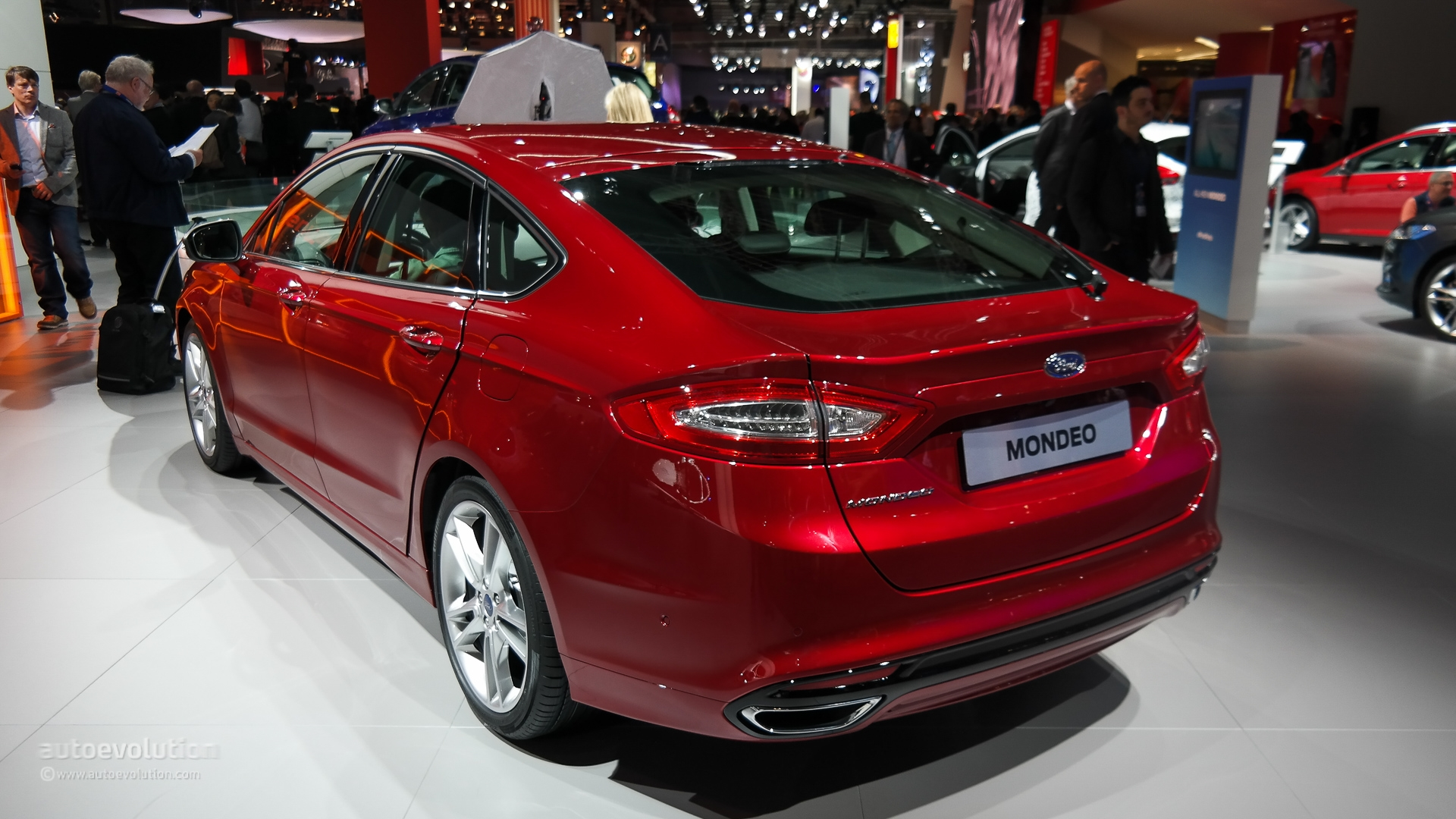 ford mondeo 2015 photo