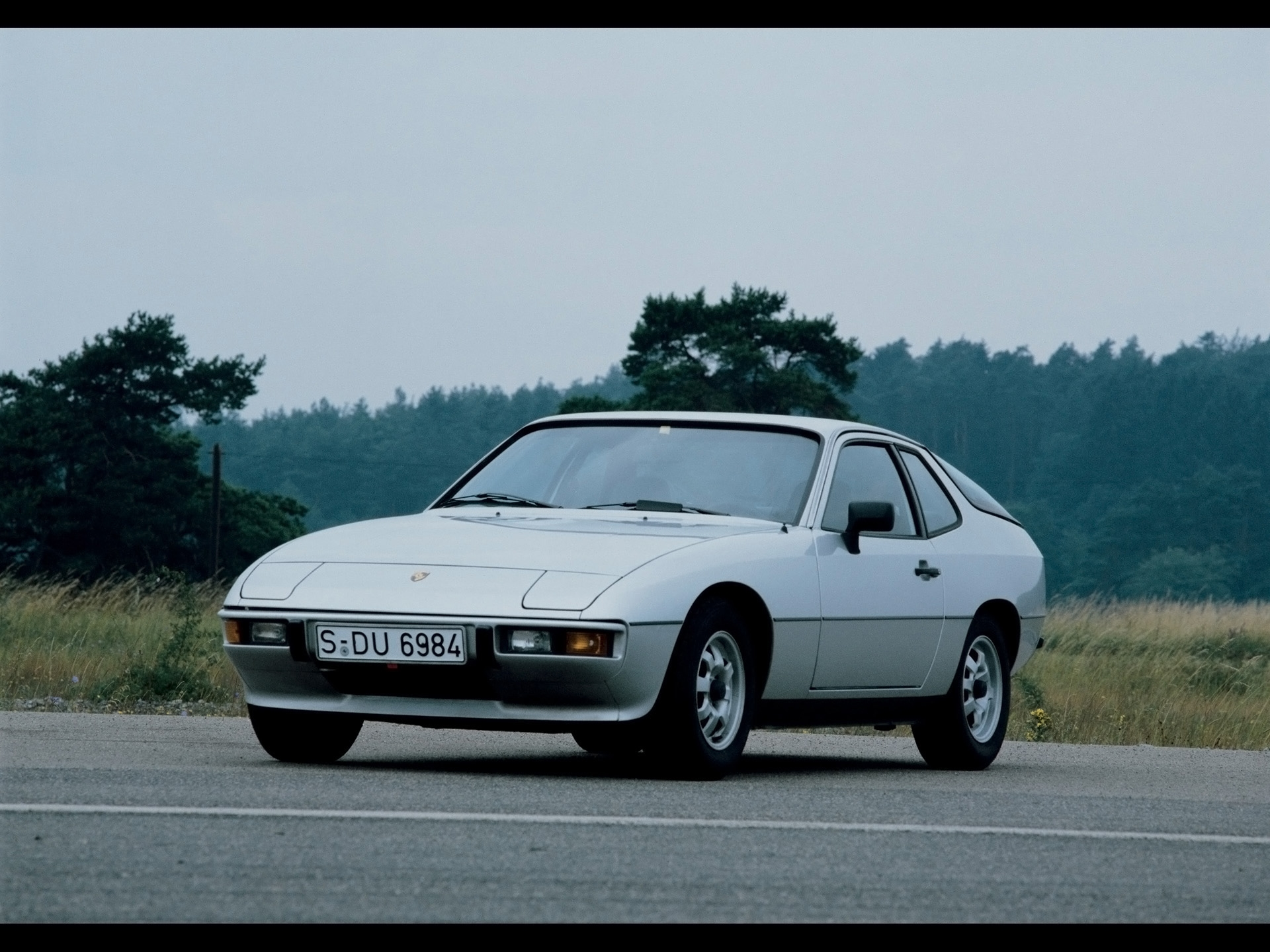 porsche 924 hd background