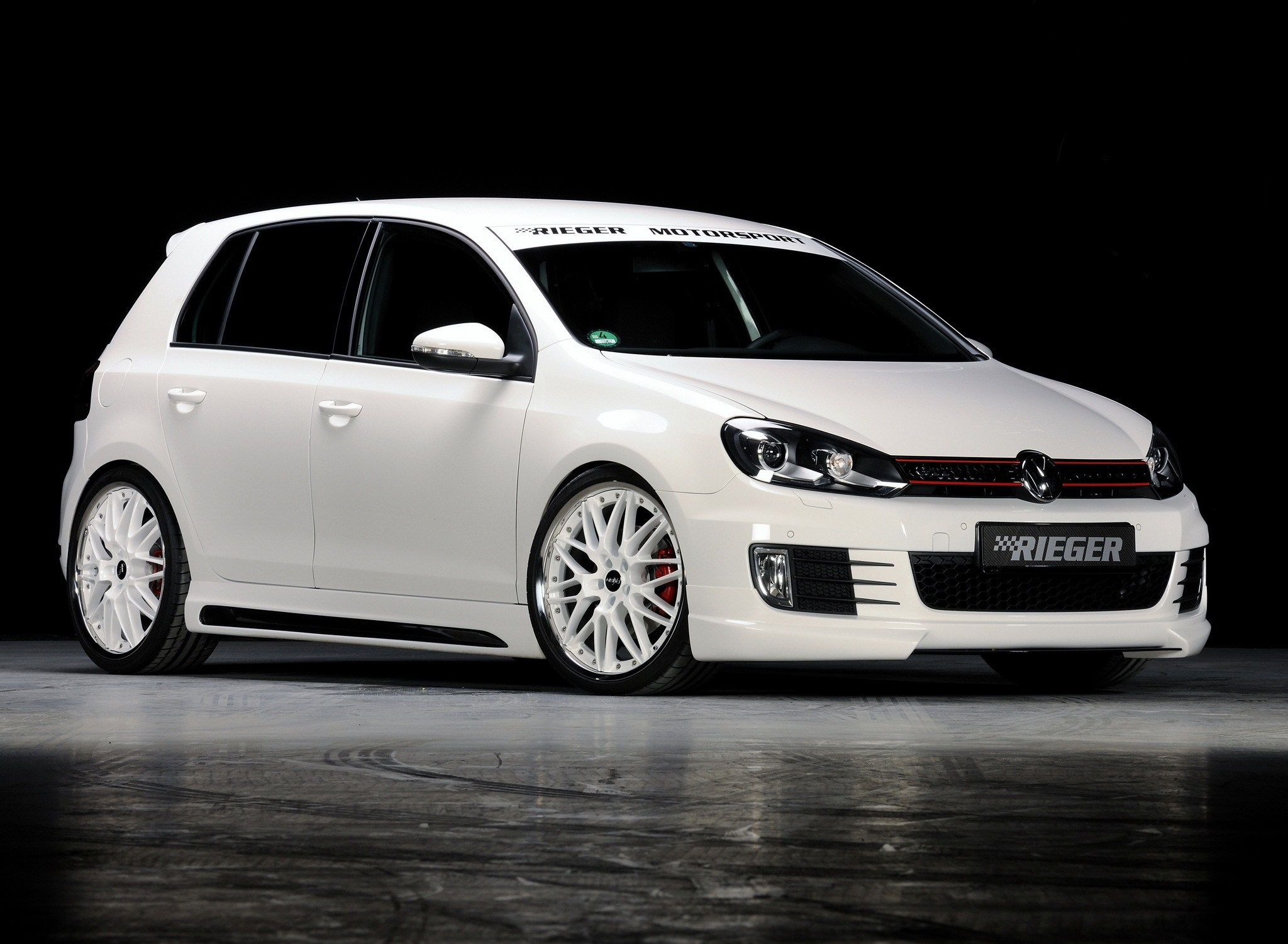 volkswagen golf gti pictures