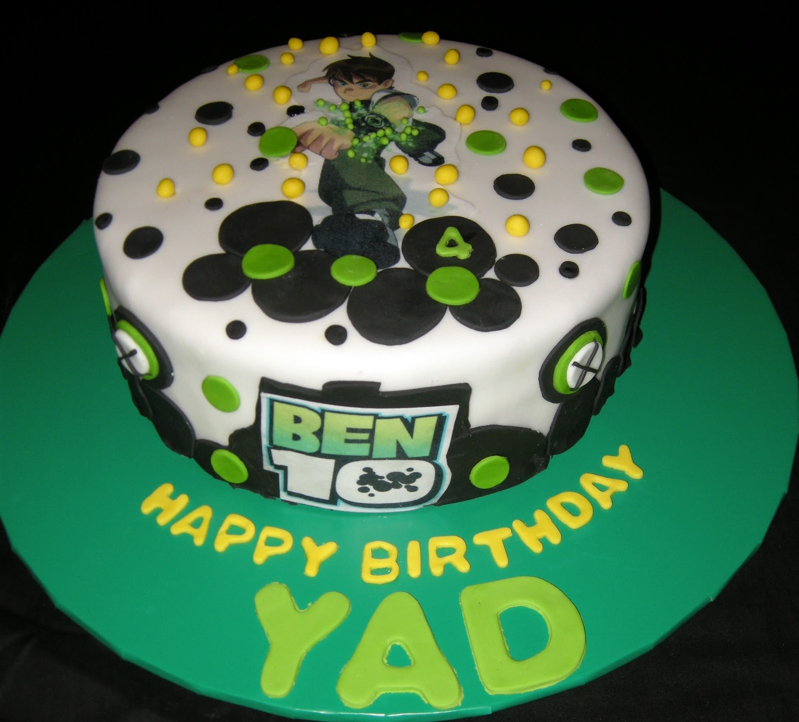 Ben  Birthday Cakes Photos