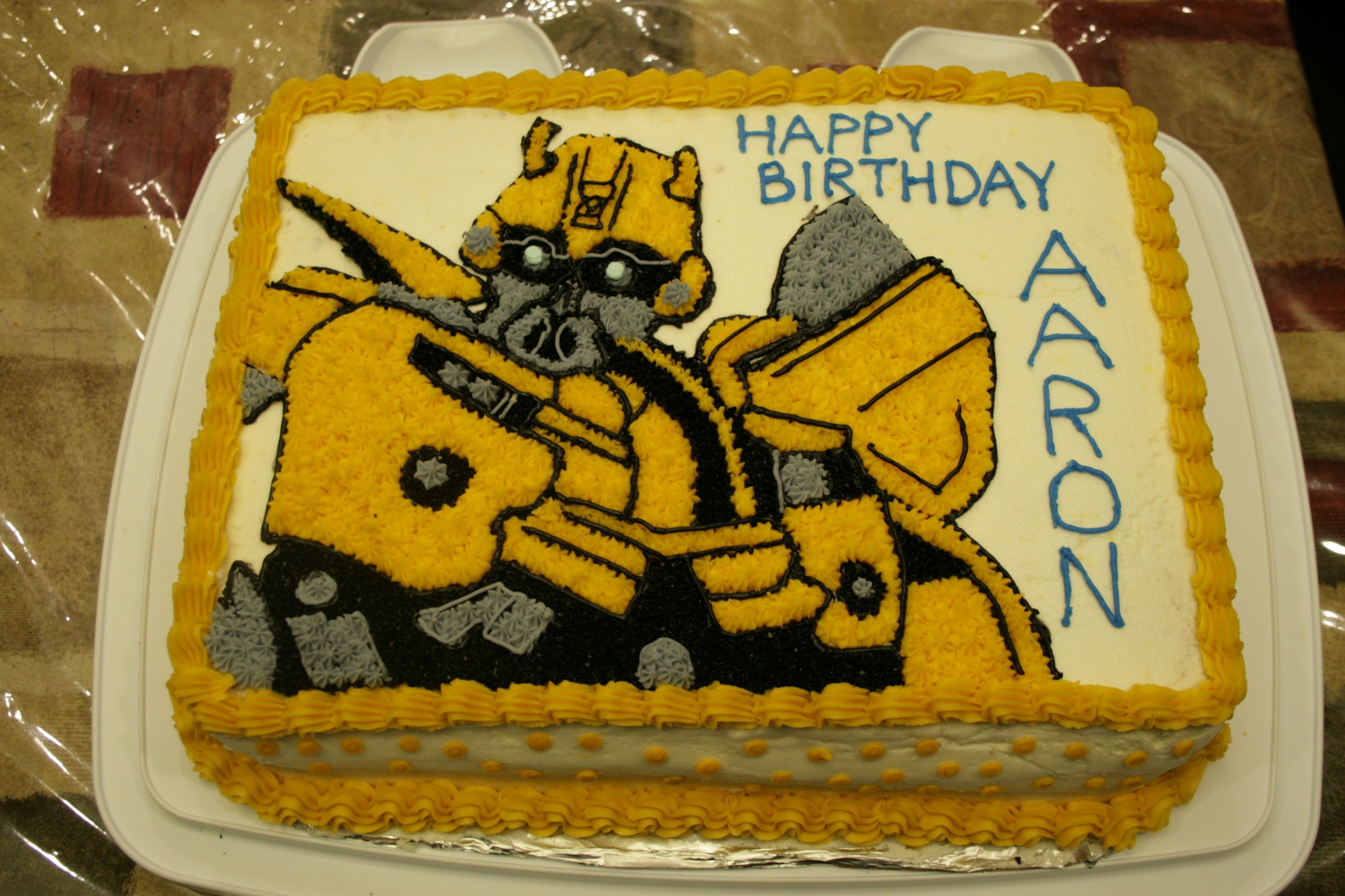 Bumblebee Transformer Birthday Cake Free Wallpaper