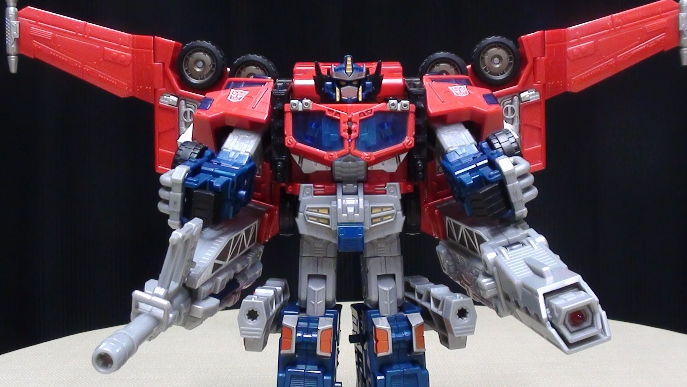 optimus prime autobot cybertron toy
