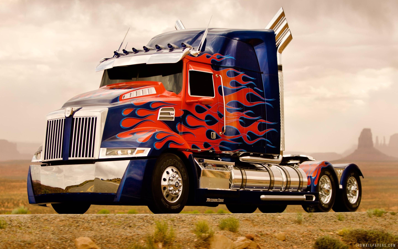 optimus prime truck transformers